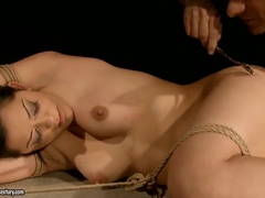 Beautiful Brunette Latina Esmeralda Del Sierra Gives A Very Hot Blowjob
